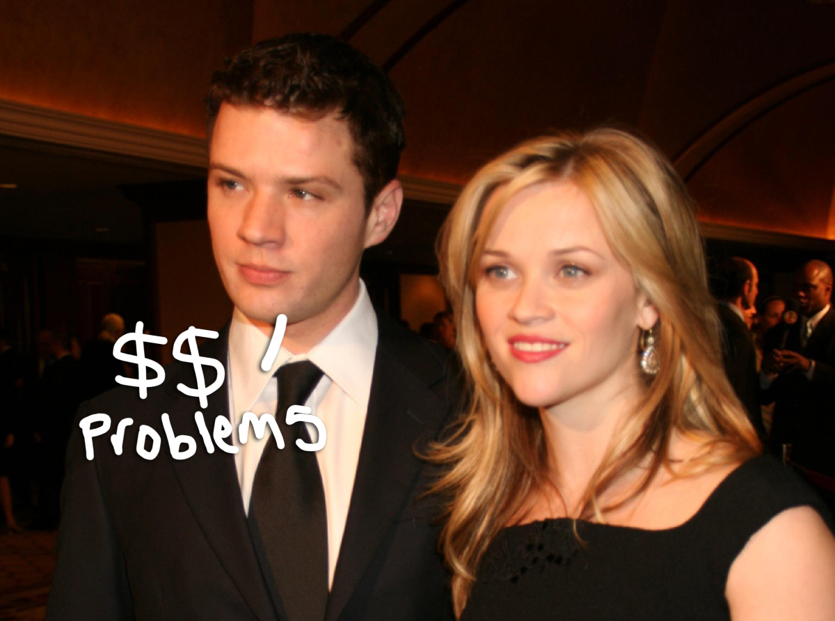 Reese Witherspoon Recalls Being 'Flummoxed' By Ex-Husband Ryan Phillippe's Infamous Oscars 'Money' Comment