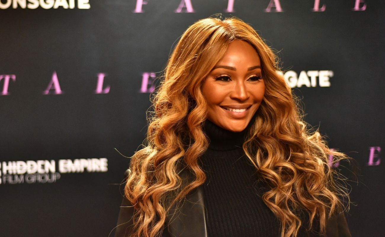 Cynthia Bailey Shares A Photo From Her Vacay With Mike Hill – Check Her Out Getting Vitamin D