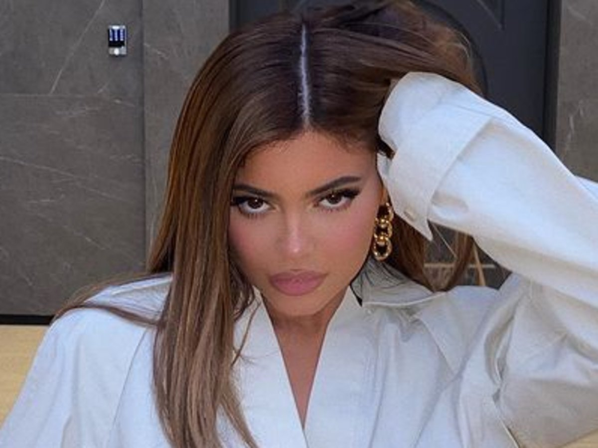 Kylie Jenner Sought A Restraining Order On An Alleged Stalker, Should She Stop Showing The Layout Of Her Home On Social Media?