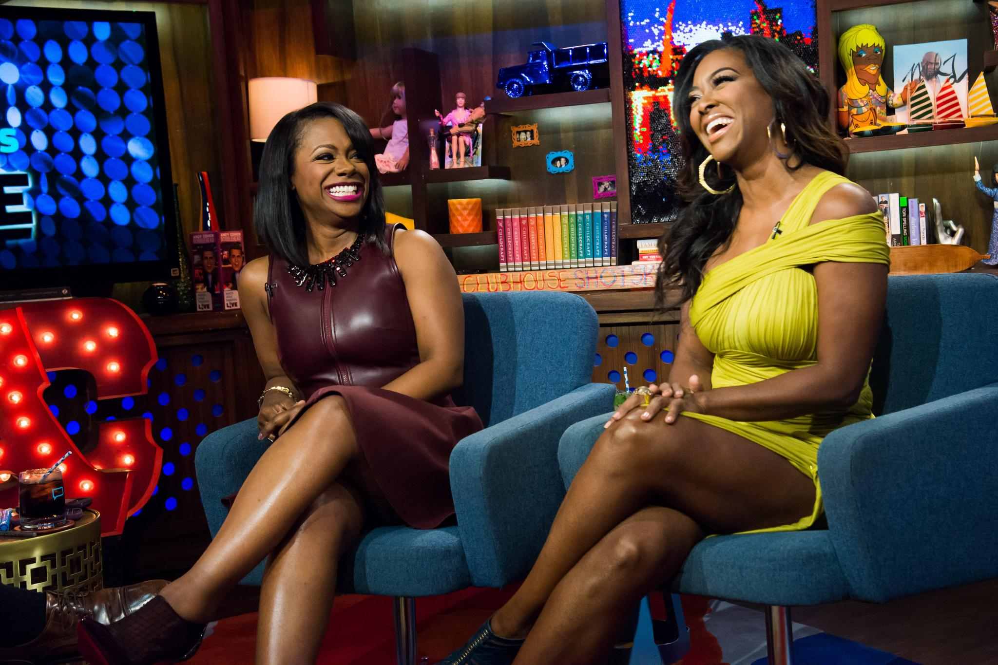 Kandi Burruss Shows Fans The Earrings That Kenya Moore Gifted Her