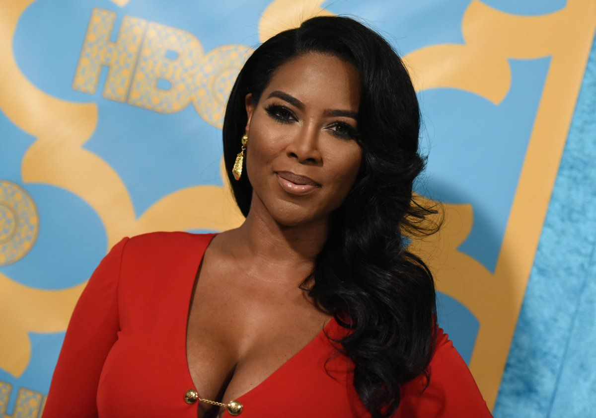 Kenya Moore Wishes A Happy Birthday To A Very Special Friend – See Her Message Here