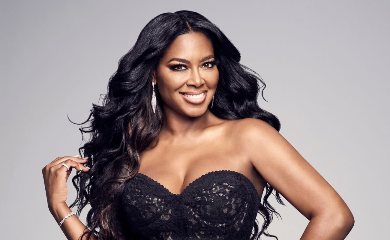 Kenya Moore Shares A Motivational Message For 2021 – Check Out Her New Look