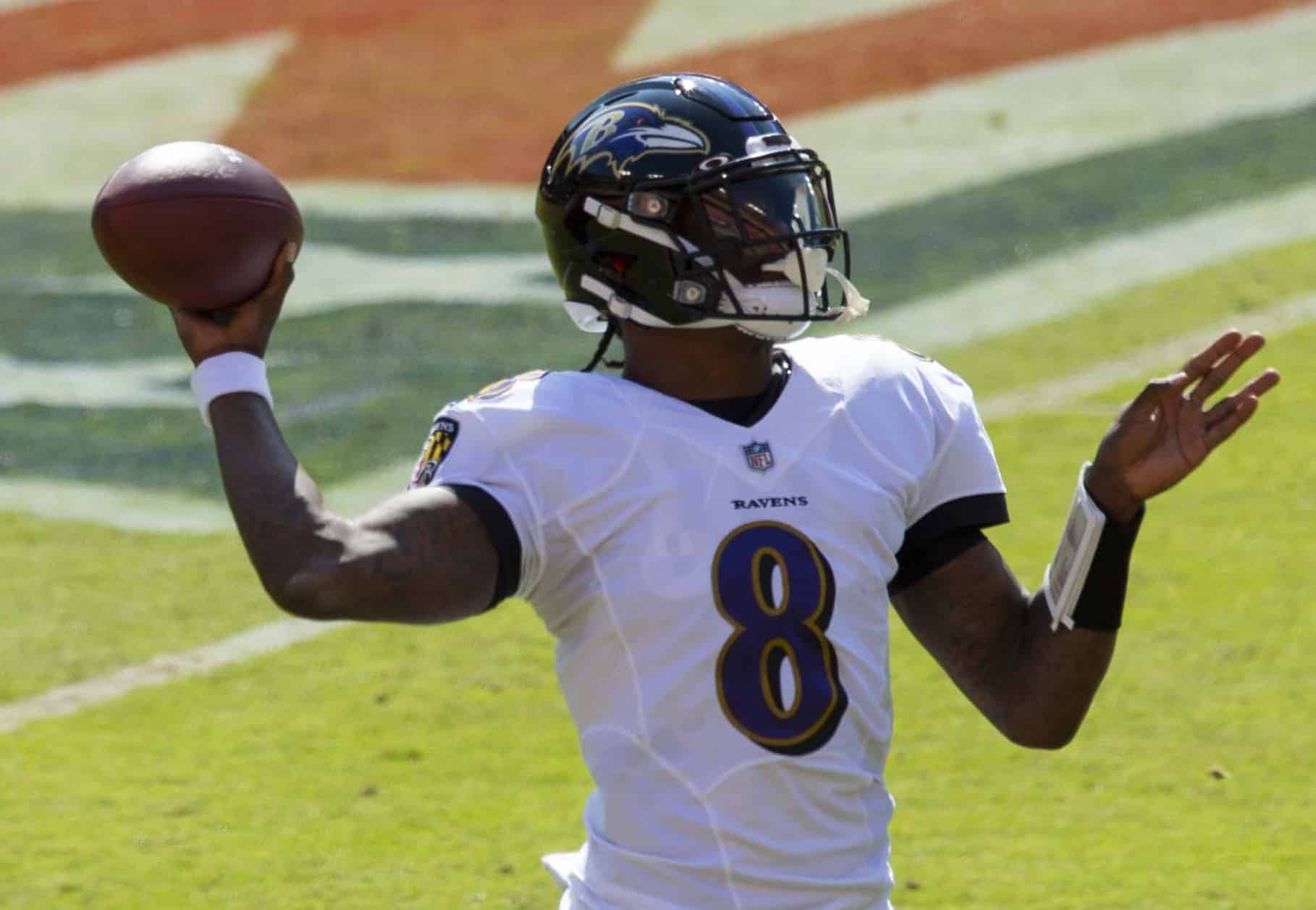 Lamar Jackson and Ravens' Defense Kick Out Titans From the Playoffs, 20-13