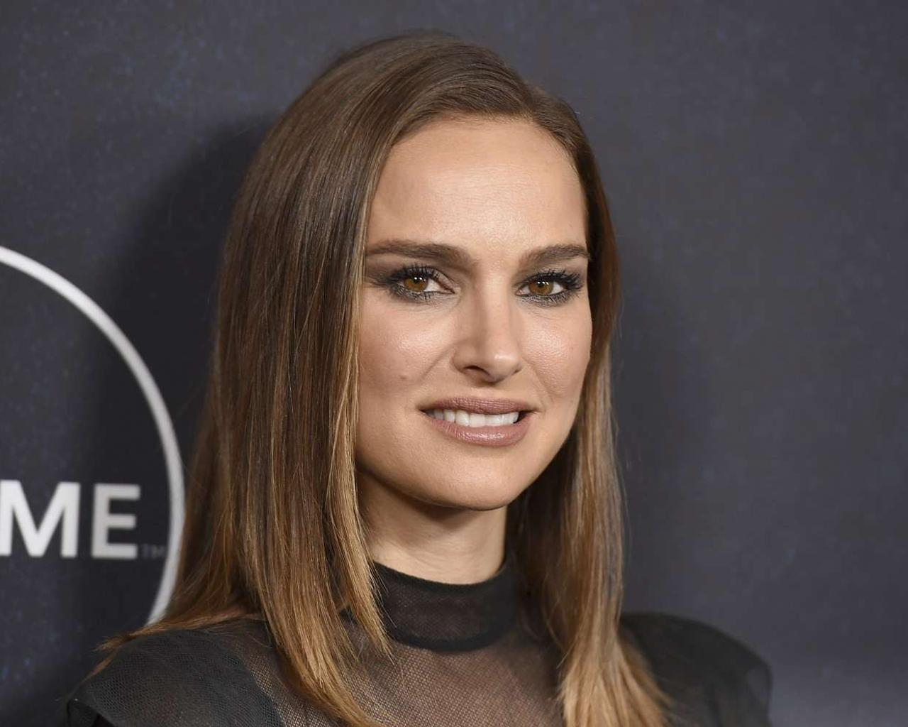 Actress Natalie Portman States She Never Had A Relationship With Moby—It Was Created To Sell Books