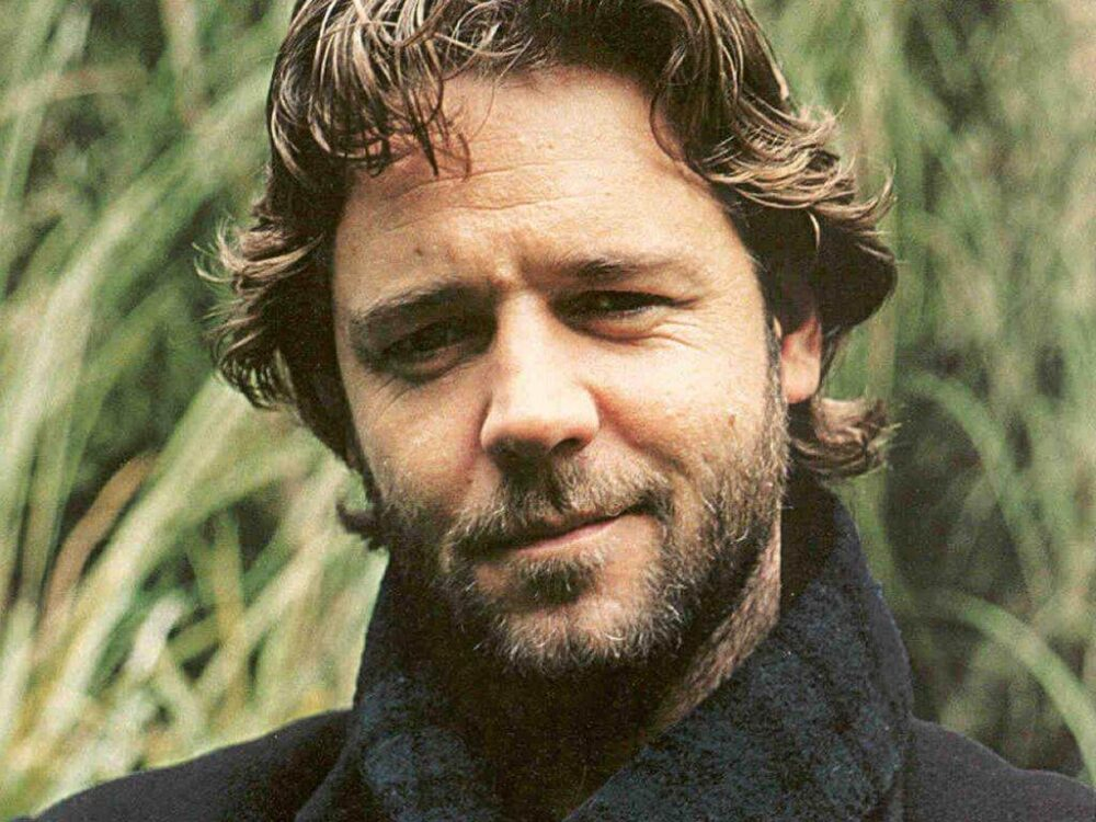 Russell Crowe Goes Viral On Twitter After Social Media User Trashes His 2003 Classic Master And Commander