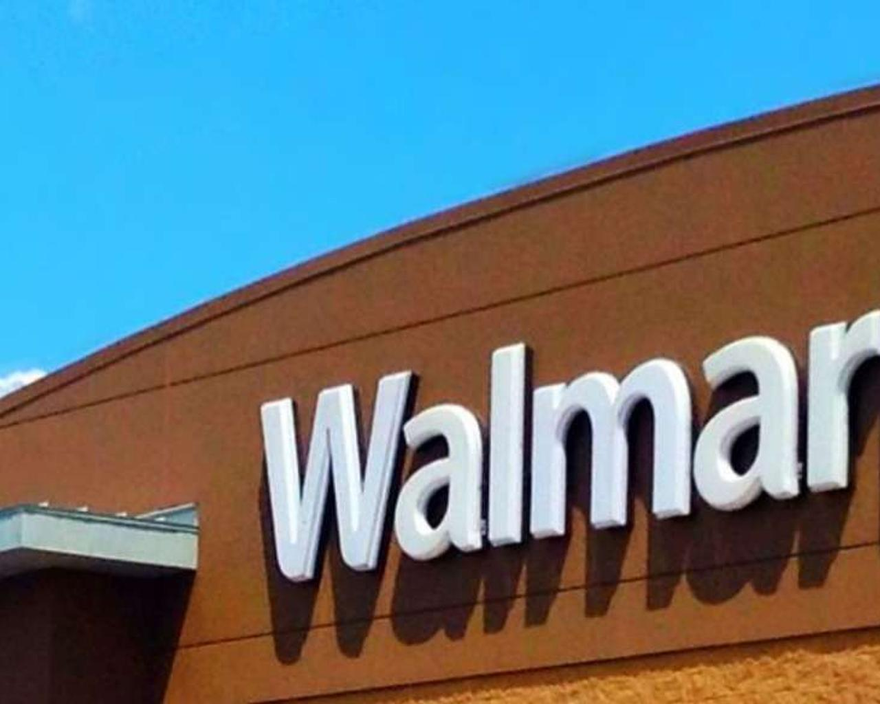 Florida Man Asks Walmart Employee—I Need A Weapon That Will Kill 200 People