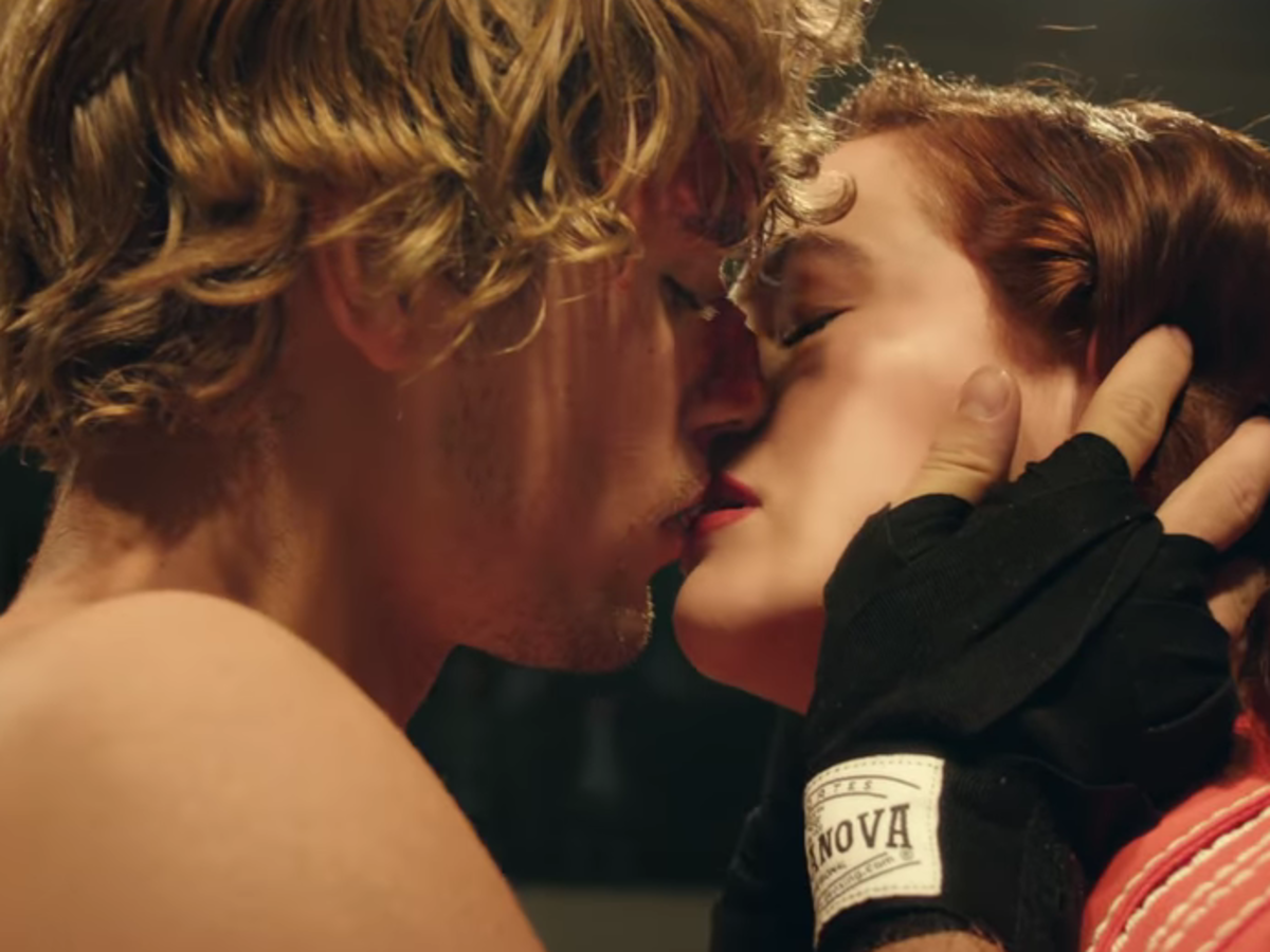Justin Bieber Is Shirtless And Tattooless In Anone Video With Zoey Deutch