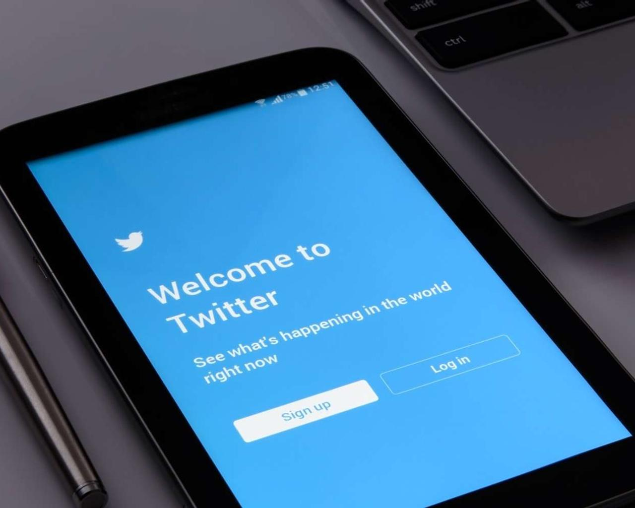 No More Political Ads on Twitter, CEO Says — Does He Have a Point?