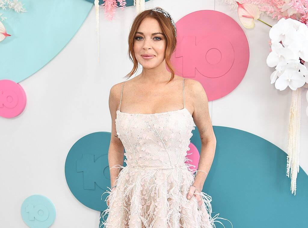 Lindsay Lohan Video Message To Fan Planning To Come Out To Their Parents Goes Viral