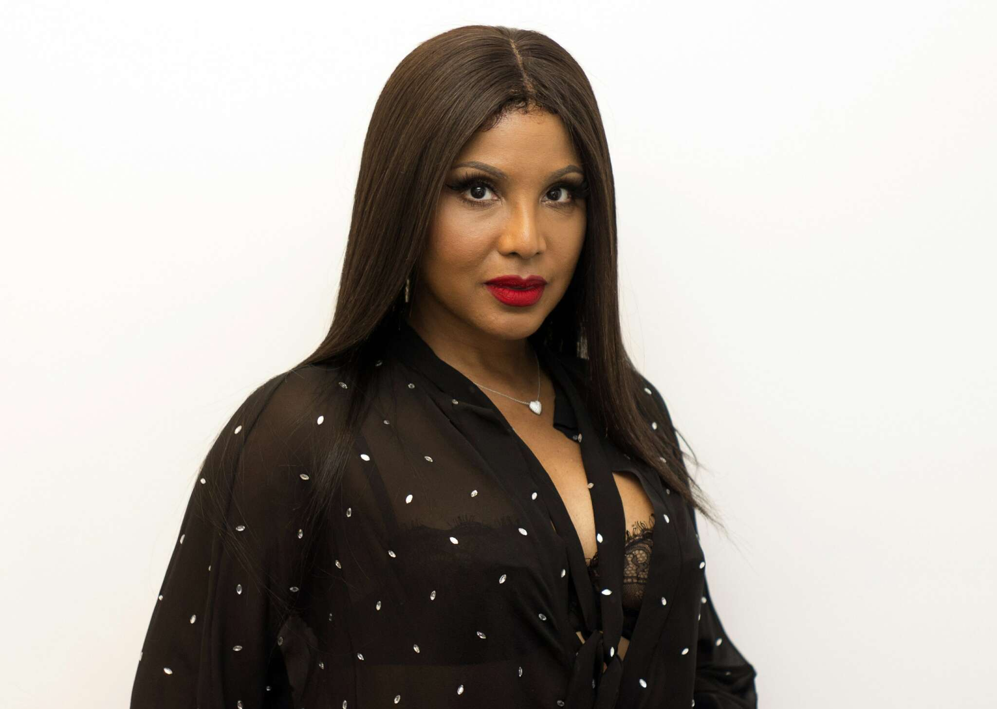 Toni Braxton Supports Viola Davis – Check Out The Clip She Shared