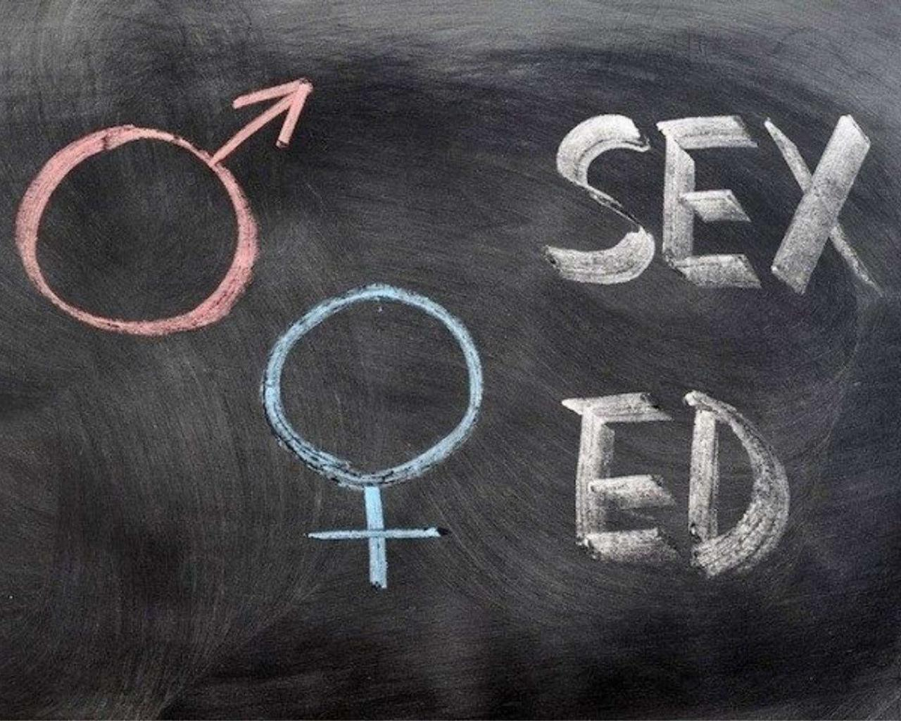Co-Ed Sex Education Class Being Taught To 12-Year-Old Middle Schoolers—Say What?