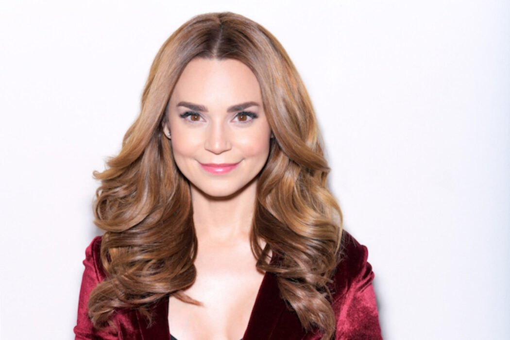 Rosanna Pansino Shows Results Of Breast Implant Removal Surgery On YouTube