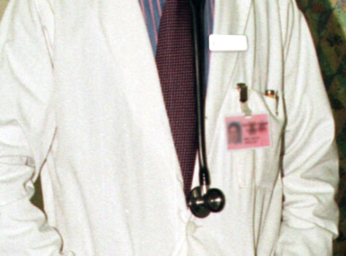 Stanford Pediatrician Arrested For Allegedly Luring Underage Girl For S*x