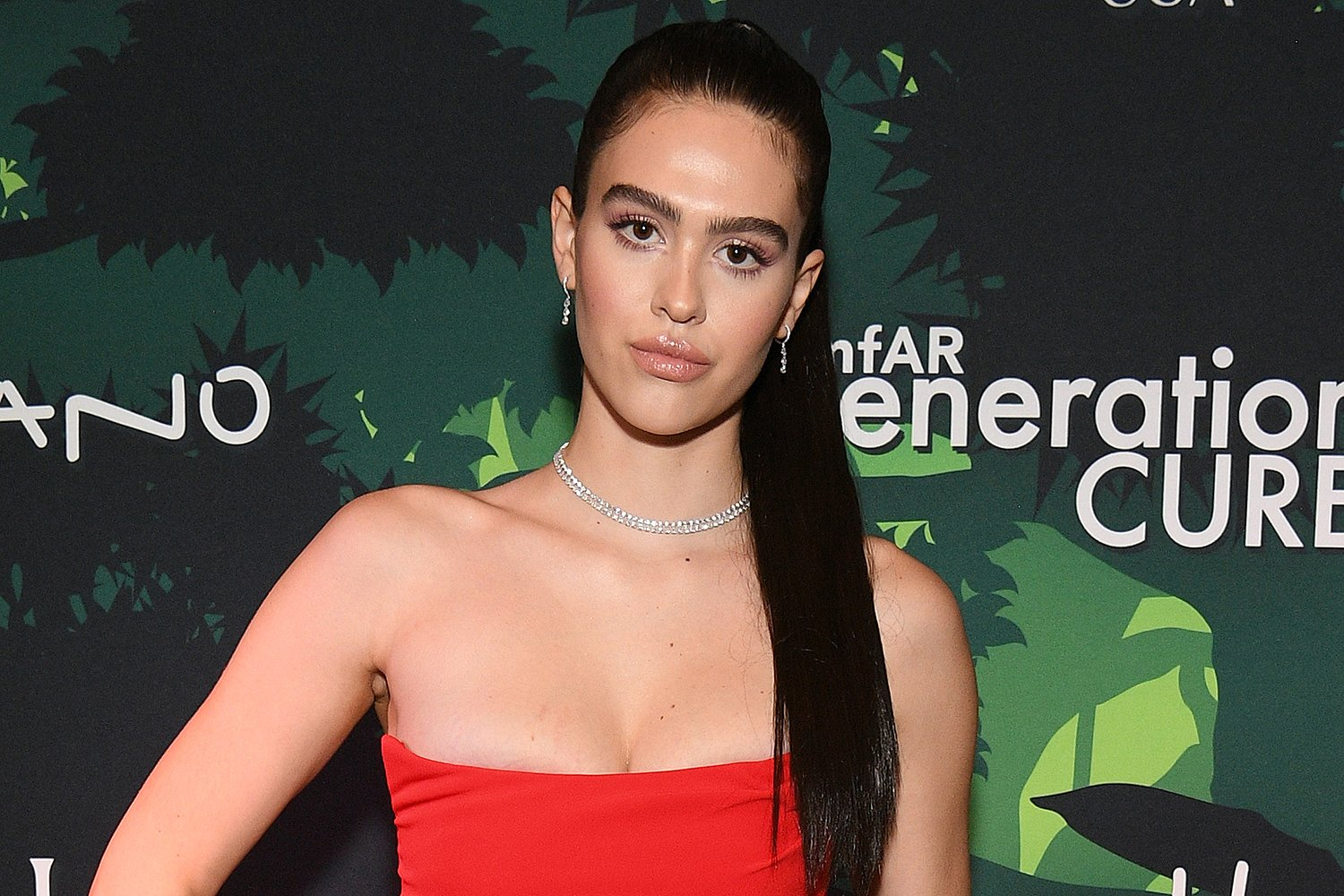 Amelia Hamlin Insists She Tans Easily After Darker Skin Pictures Get Her In Trouble For Supposed 'Blackfishing'