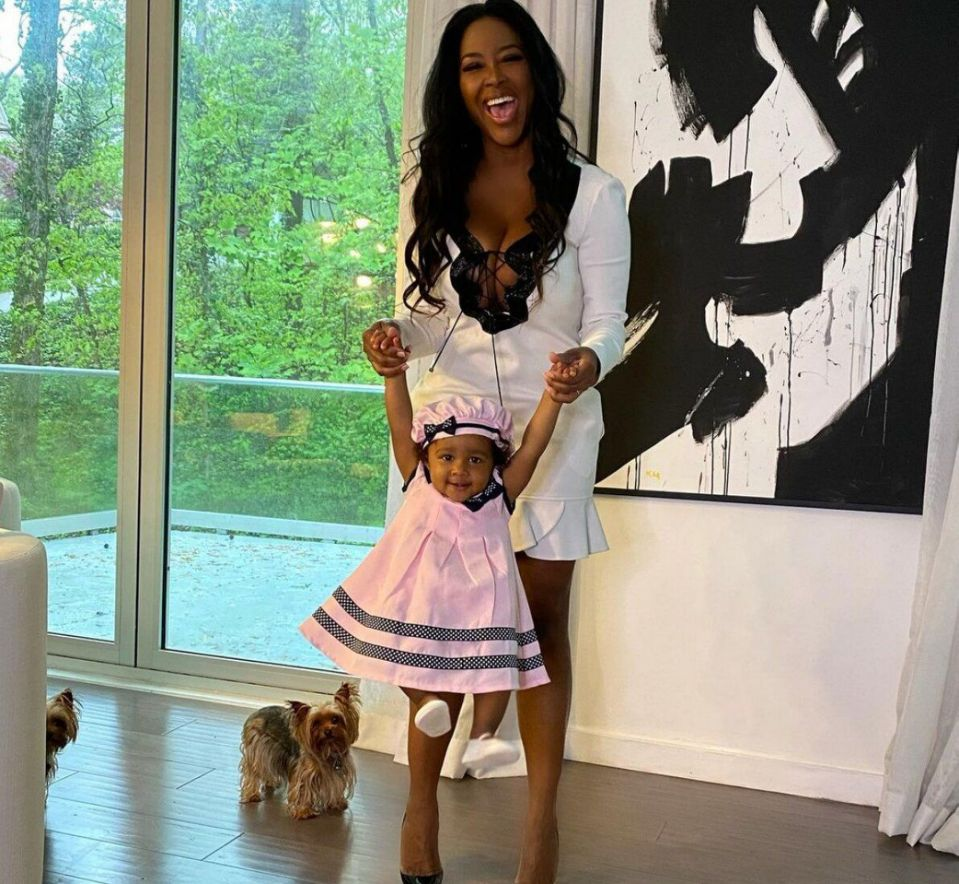 Kenya Moore Looks Gorgeous In Her Latest Photo