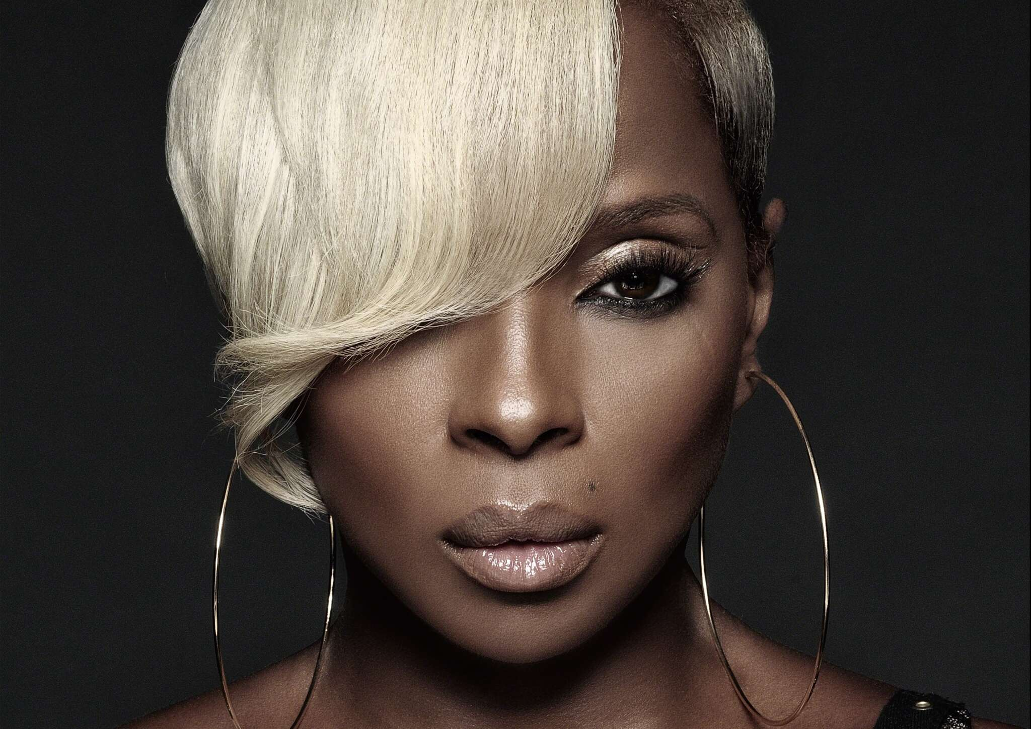 Mary J. Blige Says She Cried When She Turned 50-Years-Old – Here's Why!