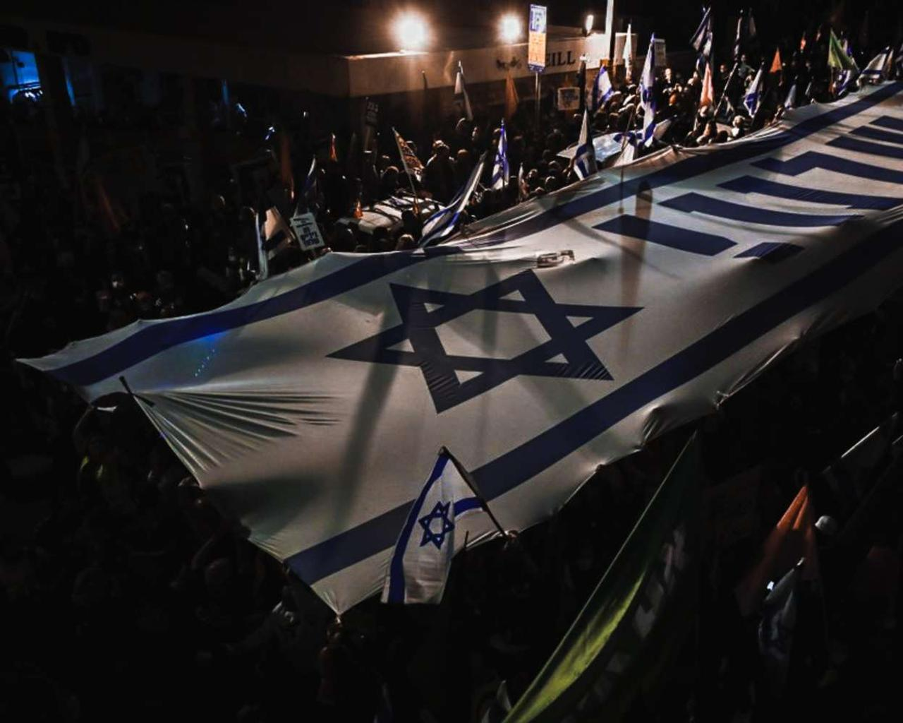 The protests against Netanyahu try to mark a position of strength before the March 23 elections in Israel.