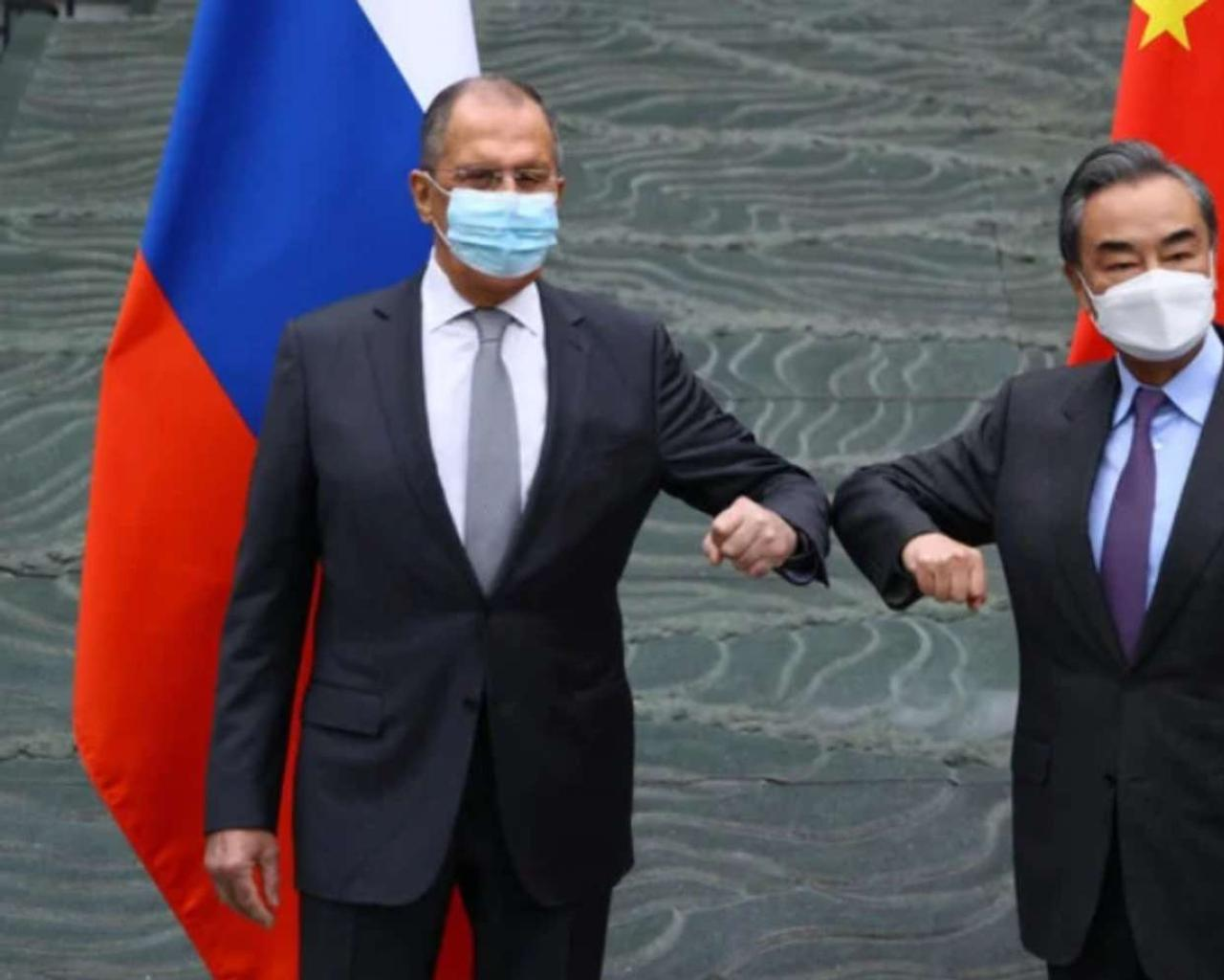 China and Russia make a gesture of unity to the EU and the US.