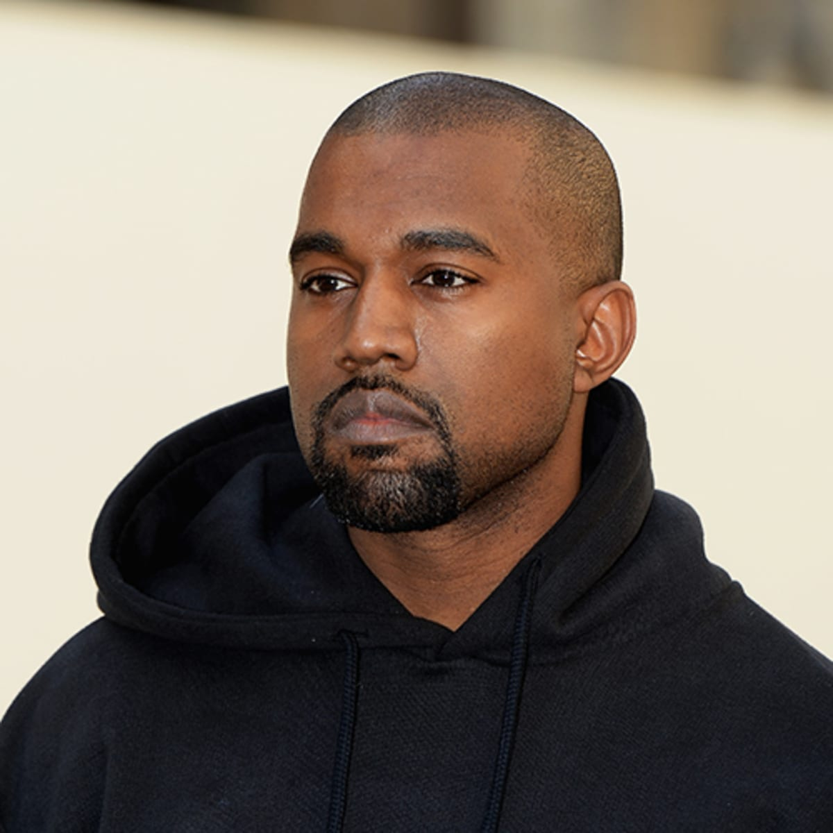 KUWTK: Kanye West Officially Out Of The Home He Used To Share With Kim Kardashian And She's Reportedly Redecorating!