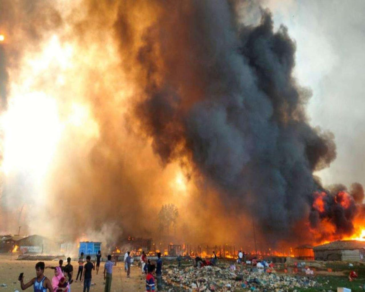 Several Died, Thousands Lost, As Fire Comes Rohingya Camp