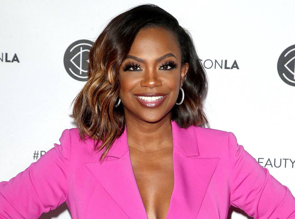 Kandi Burruss Offers An Update On Her Hair Journey