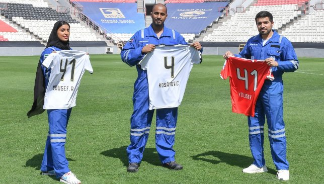 https://sport360.com/article/football/arabian-gulf-league/346118/al-jazira-distributes-limited-edition-shirts-to-frontline-workers