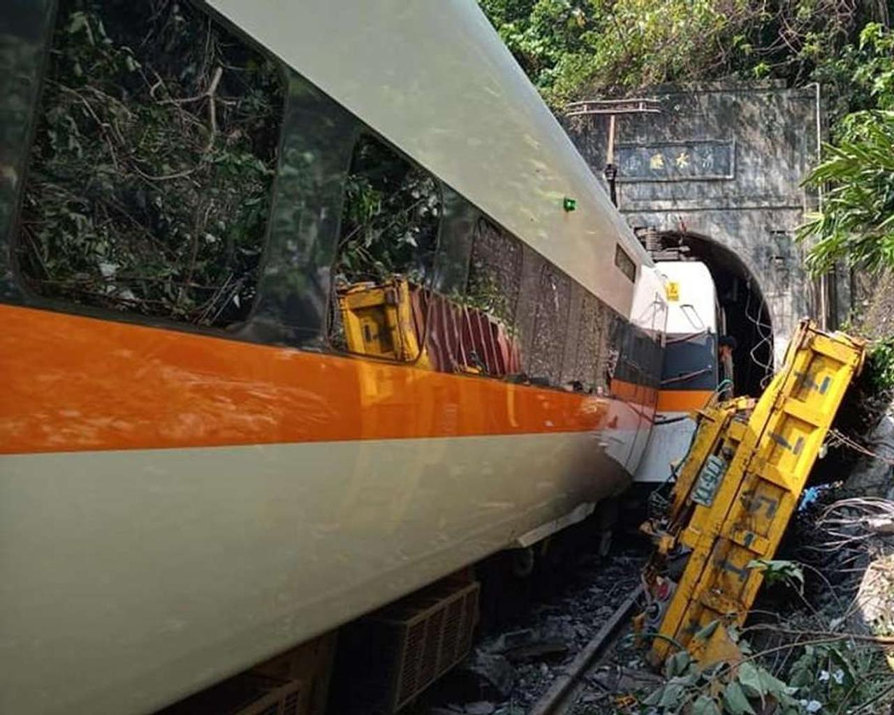 The truck driver who caused a deadly train accident in Taiwan has apologized.
