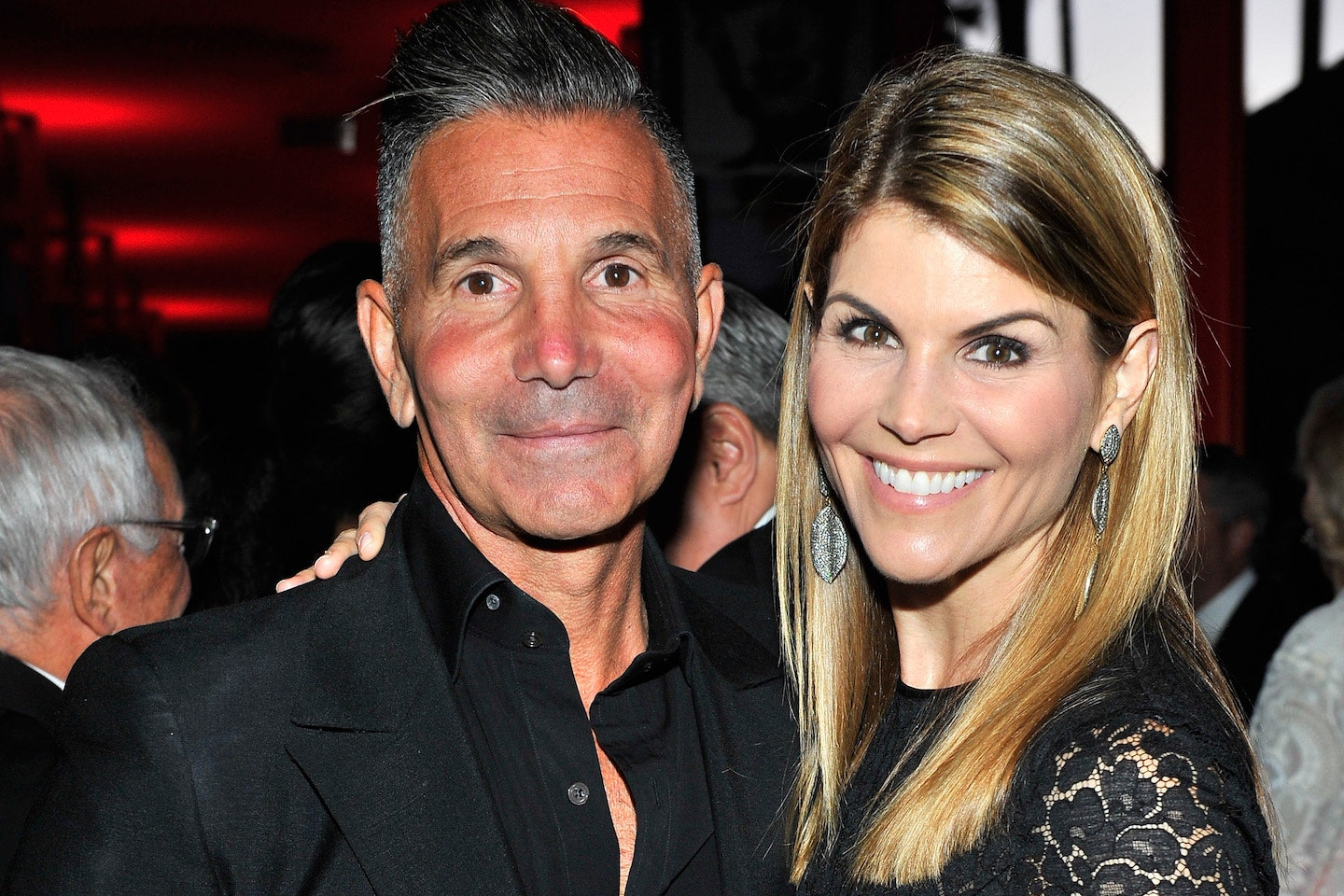 Lori Loughlin's Husband No Longer Behind Bars – Currently Under Home Confinement!