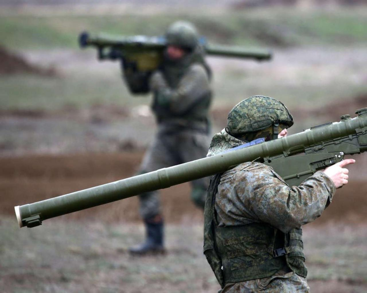 Russia now goes back to US Alarming in Ukraine ! !