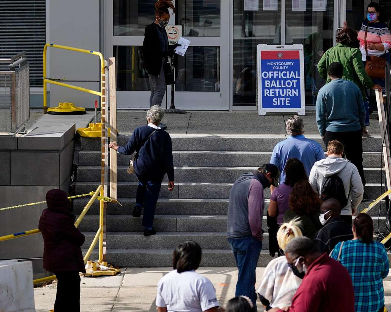 Republicans Expect To Regain Suburban Support Now That Trump Is Off The Ballot