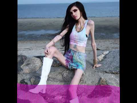 Should Eugenia Cooney Be Completely Ignored? | Perez Hilton
